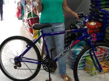 E a ganhadora da bicicleta foi….
